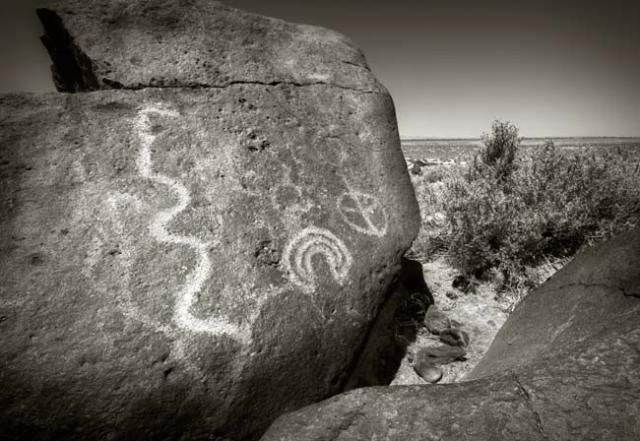 Grimes Point Petroglyphs 1