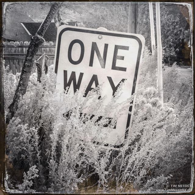 One-way driveway