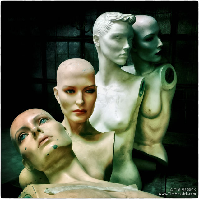 IMG_3422b-mannequins